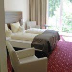 Jedes Gästezimmer hat ein komfortables Doppelbett.